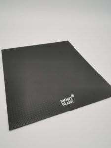 Визитки на бумаге «Тач Кавер» на заказ