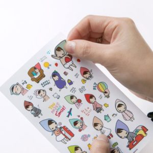 Заказать простые наклейки на бумаге
