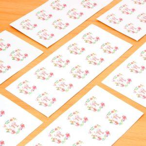 Простые наклейки на бумаге фото